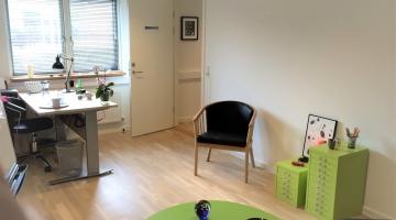 03bKELmægler-i8-Del-af-Klinik-18m2-møbleret-2
